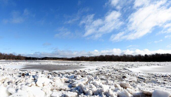 Gaujā pie Carnikavas ledus sablīvējums vairs nav novērojams
