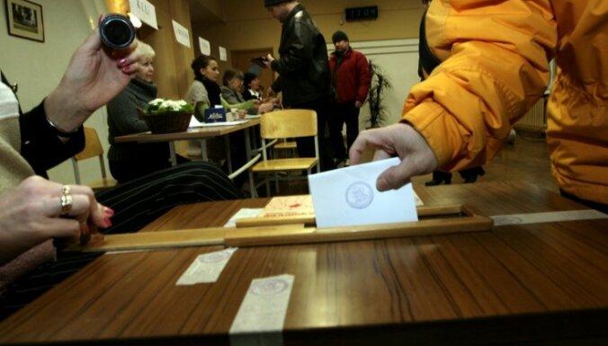 Pašvaldību referendumos rosina ļaut lemt arī par domes atlaišanu