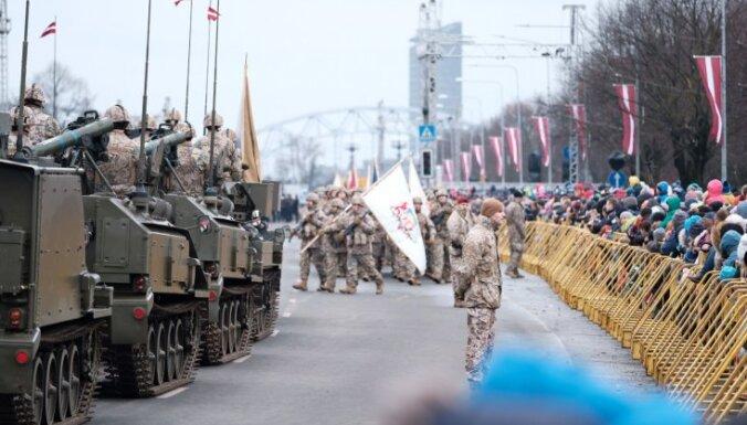 18. novembra militārajā parādē demonstrēs pašmāju militāro tehniku