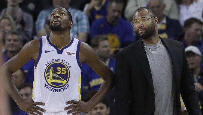 'Warriors' zvaigznes Durants un Kazinss NBA fināla pirmajā spēlē vēl nepiedalīsies
