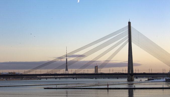 Svētdien Rīgā filmēs 'Circenīša Ziemassvētkus' un slēgs satiksmi uz Vanšu tilta