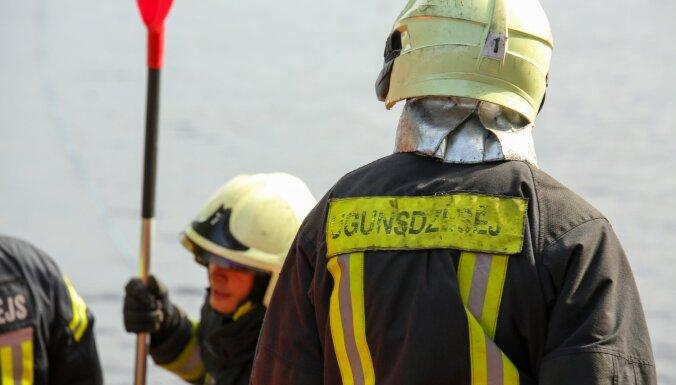 Этим утром в Балдоне загорелся многоквартирный дом: жильцов вывели, но один погиб