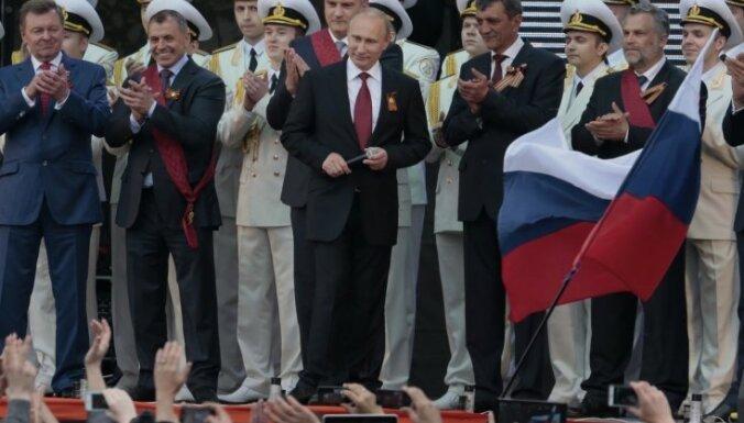Каждый второй россиянин полагает, что от Путина скрывают правду
