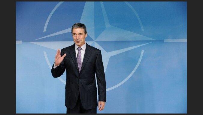 NATO pagaidām neiejauksies notikumos Lībijā