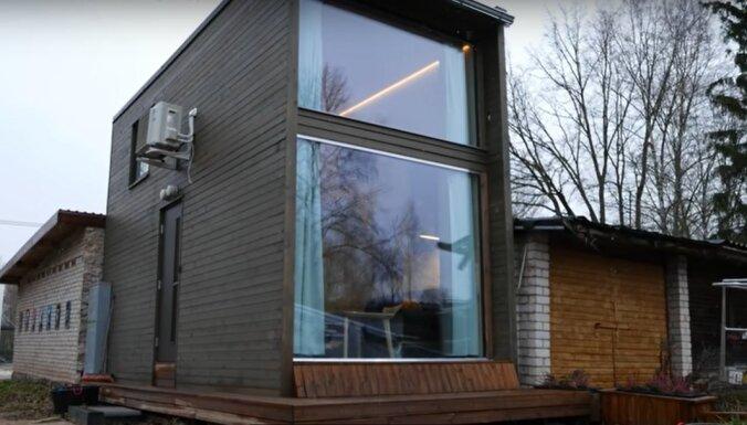 Video: Tartu garāžas vietā uzcelta mini moduļu māja