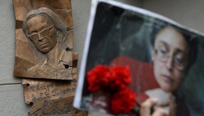 10 gadi kopš Poļitkovskas slepkavības: 'Novaja gazeta' pieprasa atrast nozieguma pasūtītāju