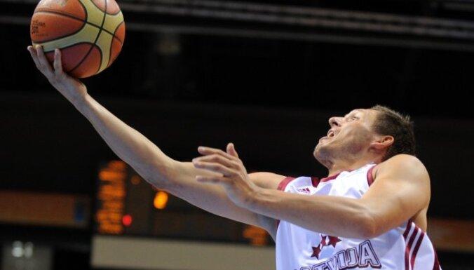 Latvijas basketbolistu pārstāvētajām komandām zaudējumi Spānijas čempionātā