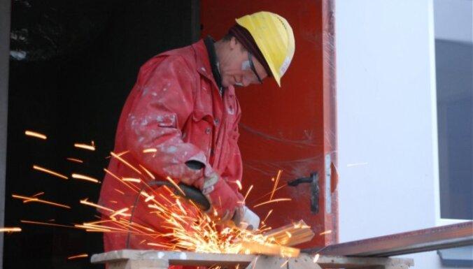 Darba inspekcija vētīs uzņēmumus - darba aizsardzības jautājumu kārtotājus