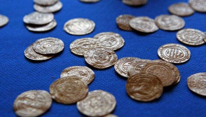 Nobalso par labāko banku pakalpojumu konkursā 'Zelta monēta 2014'