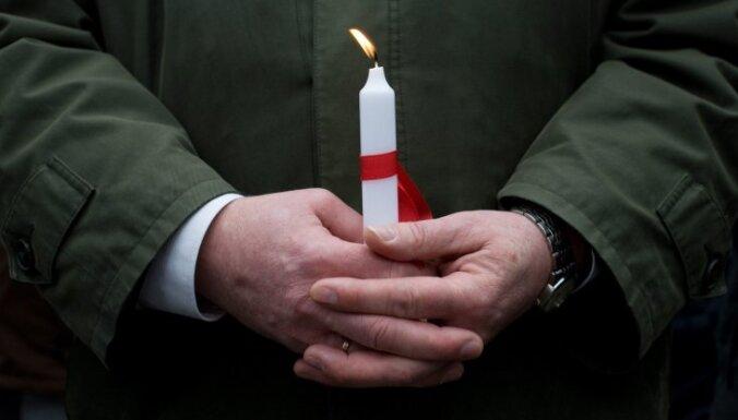 Mūžībā devies ilggadējais Rīgas Valsts 1. ģimnāzijas direktors Artūrs Damlics