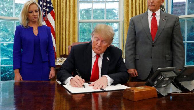 Трамп подписал указ, запрещающий разделение семей мигрантов на границе