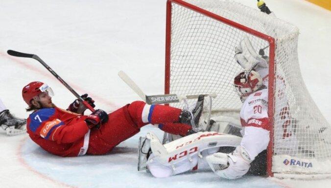 Овечкин не забил, Дацюку выбили зуб, но россияне справились со Швейцарией
