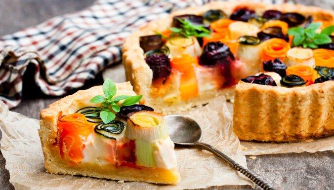 Krāsainā tarte ar dārzeņu un sāļā krēma pildījumu