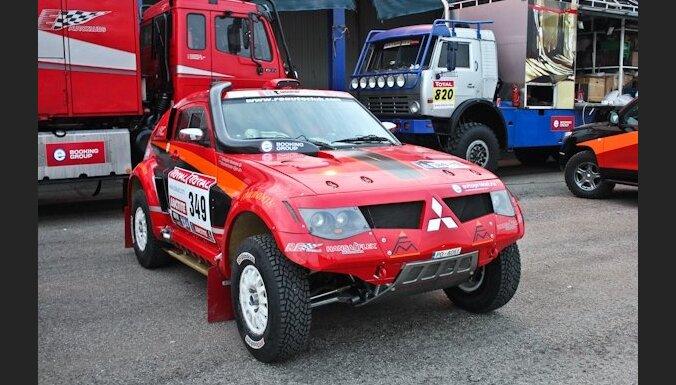 Latvijas komanda 'RE Autoclub' Dakāras rallijreidā piedalīsies ar četrām mašīnām