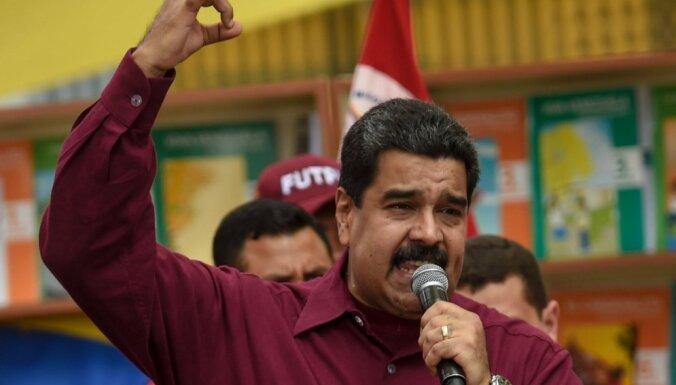 Мадуро собрался изменить систему госуправления и переиначить конституцию