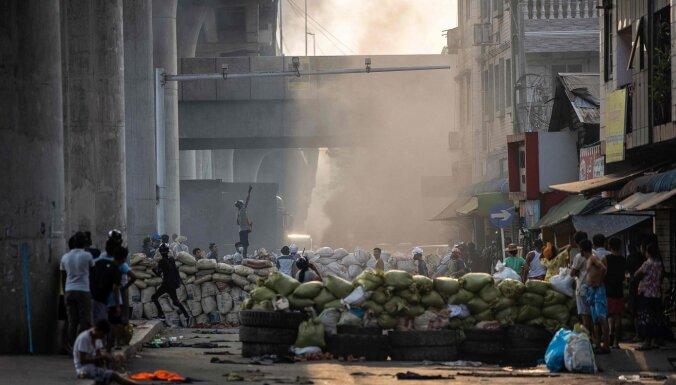 Krīze Mjanmā: pēc apvērsuma augušas pārtikas un degvielas cenas
