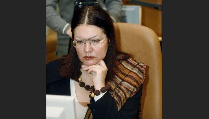 Kultūras darbinieki aicina arī turpmāk KM vadību uzticēt Demakovai