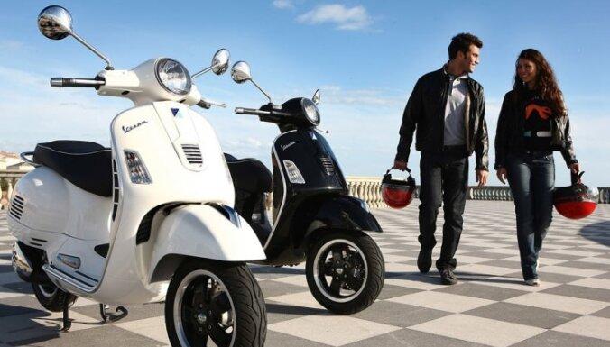 Мотоциклам и мопедам в Латвии разрешили езду по полосам общественного транспорта