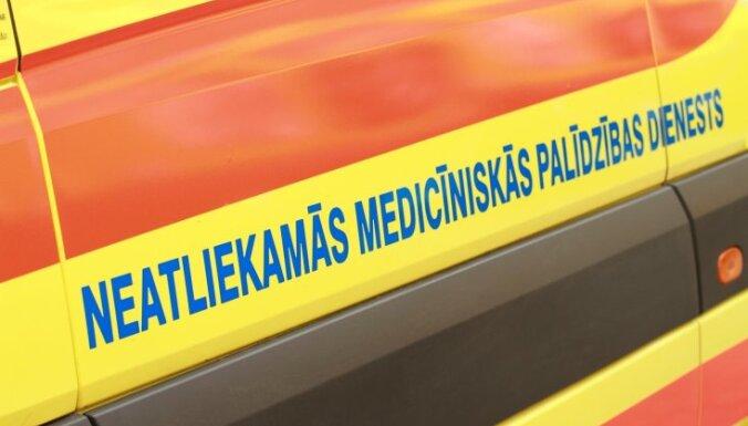 В центре Риги в ДТП серьезно пострадал мужчина