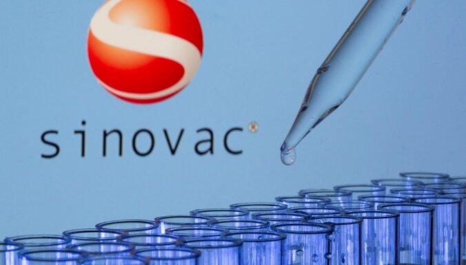PVO apstiprina 'Sinovac' vakcīnu pret Covid-19