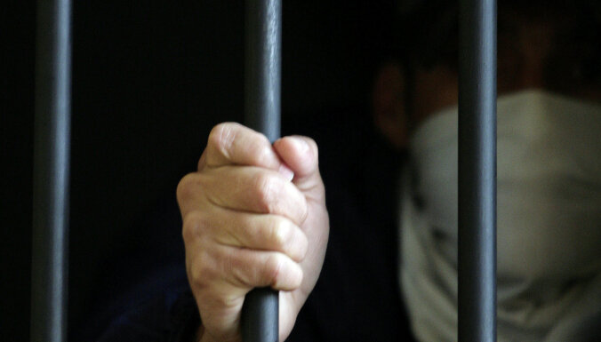 Vakcinēties pret Covid-19 varēs ieslodzījuma vietu un patversmju klienti un darbinieki