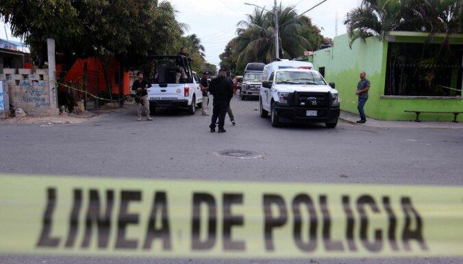 Ietekmīga Meksikas narkodīlera dēls izdots ASV