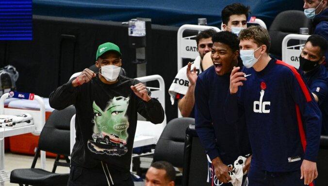 'Wizards' nespēj nodrošināt astoņus spēlētājus mačam pret 'Jazz'