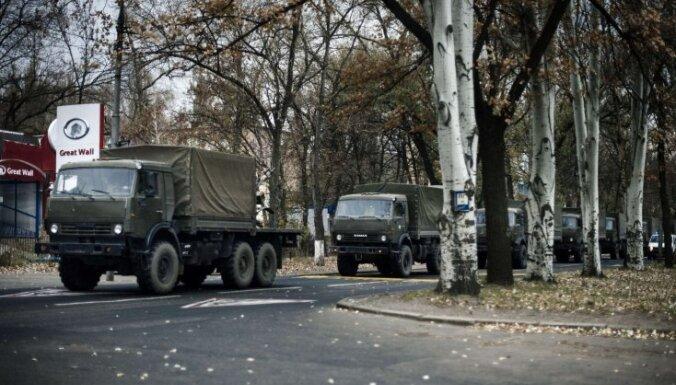 На Донбассе замечены военные грузовики без опознавательных знаков