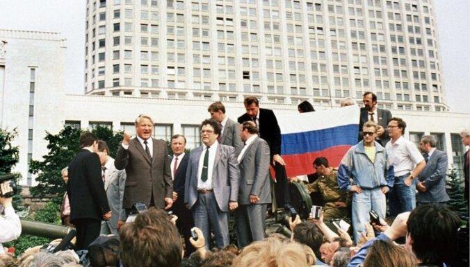Путин в фильме Ксении Собчак рассказал, что делал в августе 1991 года