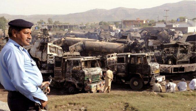 Pakistānas islāmistu rīkotais streiks vēl vairāk pastiprina spiedienu uz valdību