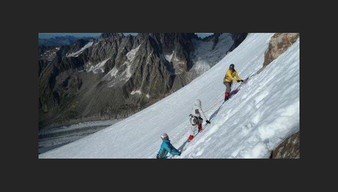 Par darbiem, kalniem un sajūtām, kas virza mūsu izvēli: 'Delfi' intervija ar alpīnistu Kristapu Liepiņu