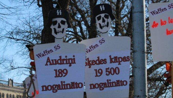 Домбровскис: министры, решившие отметить 16 марта, потеряют свои посты