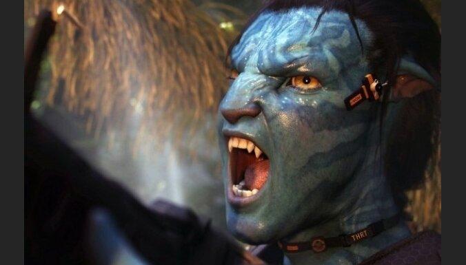 'Avatar' un Kamerons saņem 'Zelta globusus'