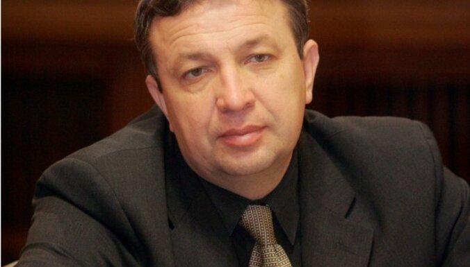 Депутаты: не нужно собирать подписи за антиконституционные проекты