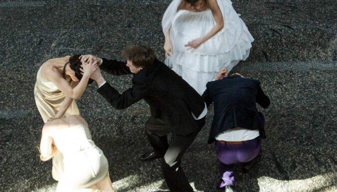 Regnārs Vaivars iestudē Bergmana 'Laulības dzīves ainas'
