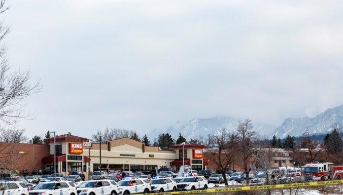 Foto: ASV Kolorādo štata pārtikas veikalā nošauti 10 cilvēki