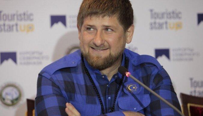 Kadirovs miera uzturēšanai Krievijā piedāvā atslēgt internetu