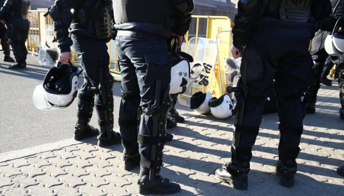 На доплаты полицейским и пограничникам выделено 1,1 млн евро