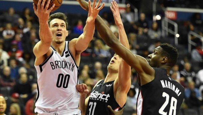 Kurucs iemet deviņus punktus; palīdz 'Nets' pieveikt 'Wizards'