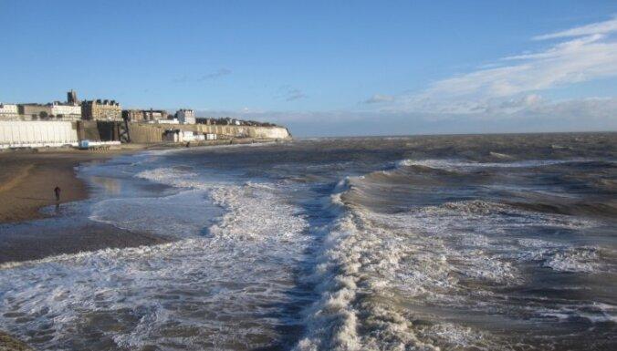 Почти в 200 районах Британии объявлена угроза наводнений