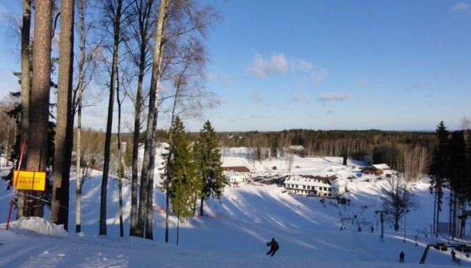 Latvijas slēpošanas kalni sezonai jau gatavi; cenas lielākoties necels