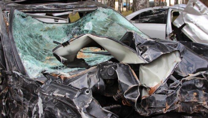 В субботу в ДТП пострадали 12 человек