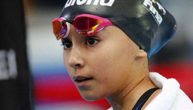 Десятилетняя девочка установила рекорд чемпионатов мира по водным видам спорта