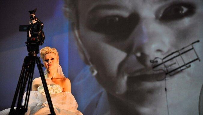 Nacionālais teātris ar Serebreņņikova 'Tuvo pilsētu' dodas uz festivālu Ļubļinā