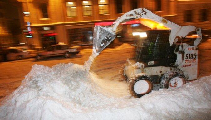 Отдельные улицы в Риге не будут посыпать солью