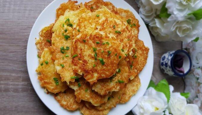 Kartupeļu pankūkas ar sīpolu un sodu