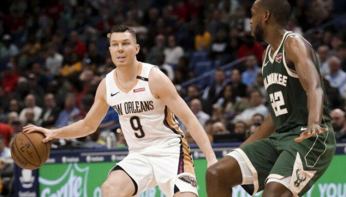Bertāns no pirmās sezonas NBA atvadās ar lielu spēles laiku, bet bez punktiem
