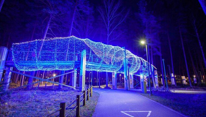 ФОТО. В Юрмале в четвертый раз открылся впечатляющий Парк света