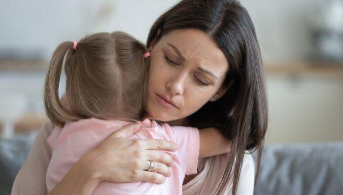 Bērns pie ārsta kā uz darbu. Pediatrs par bailēm un pārmērīgu ārstēšanu