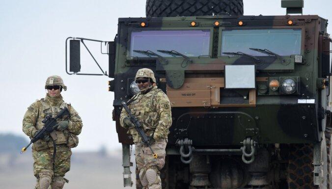 ASV likumdevēji cer bloķēt karavīru izvešanu no Vācijas